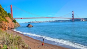 kirby cove beach front with golden gate bridge in view