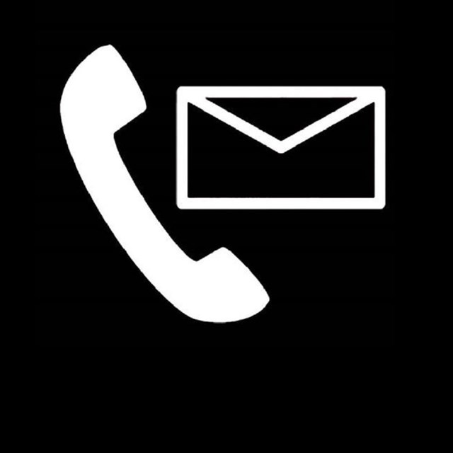 Graphic of a telephone and envelope