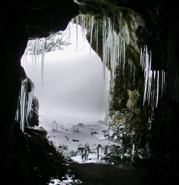 Winter at Oregon Caves National Monument and Preserve