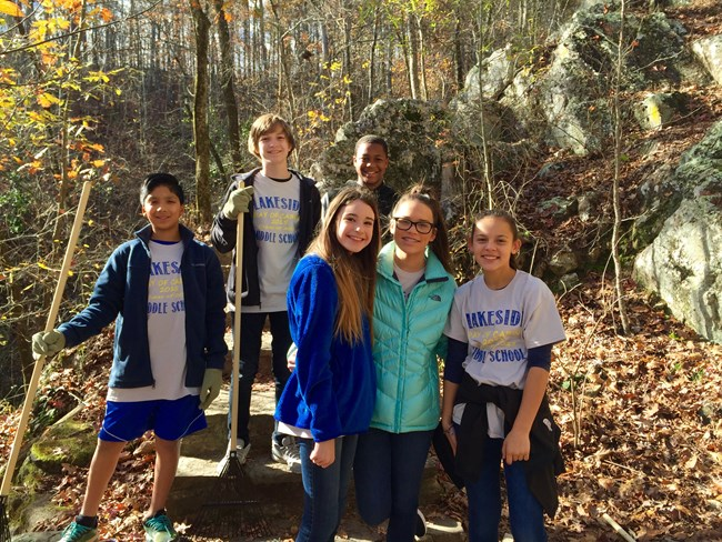 Lakeside Middle School students provide volunteer maintenance on Gulpha Gorge Trail.