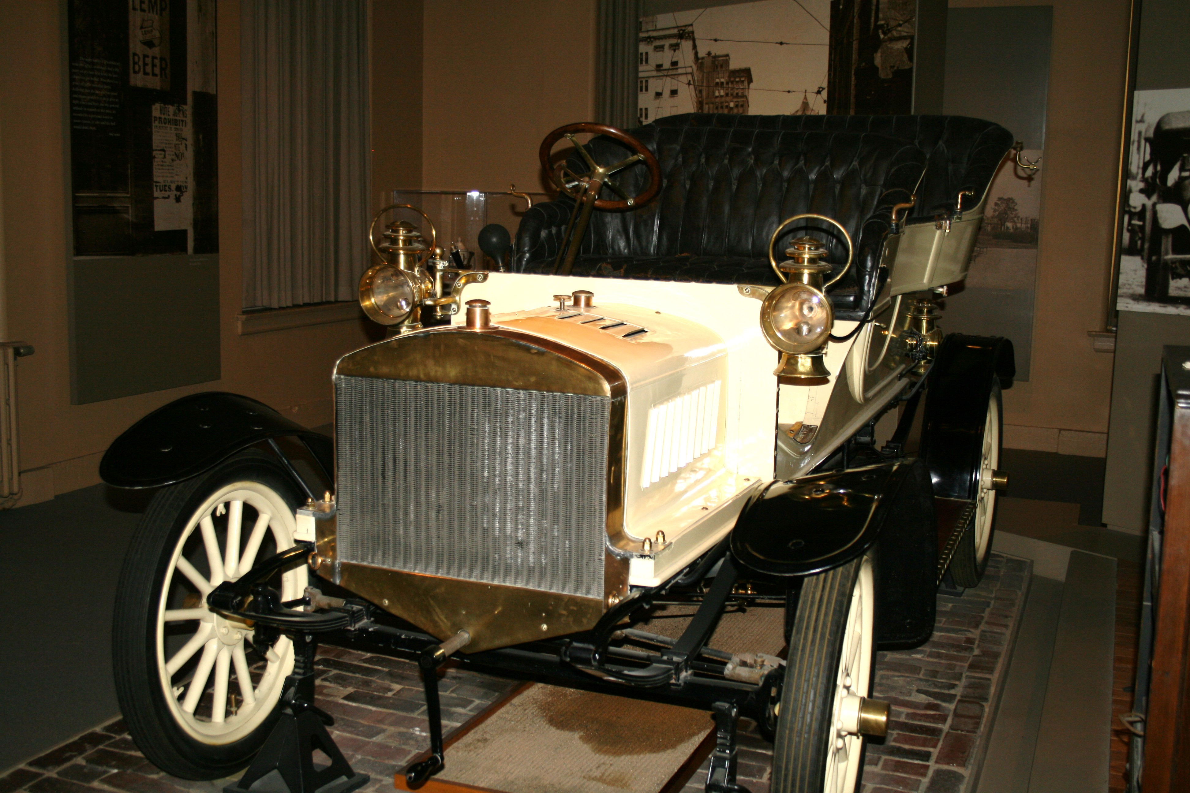"St Louis"" Model Automobile made by George Dorris Sr Artifact of"