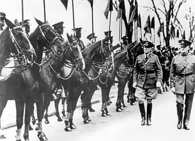 Gen. John Pershing reviews the troops in 1932