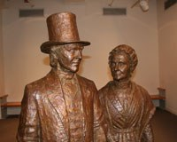 bronze statues of Thomas and Mary Ann M'Clintock