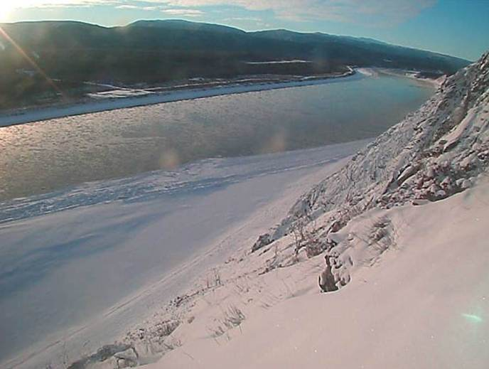 Early winter on the Yukon River